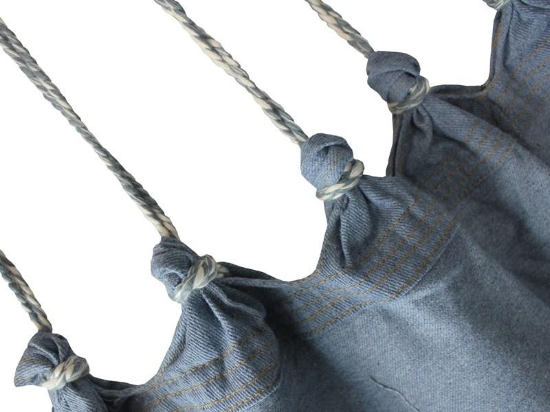 sznurki jeans